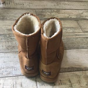 UGG classic short boots brown/tan 9